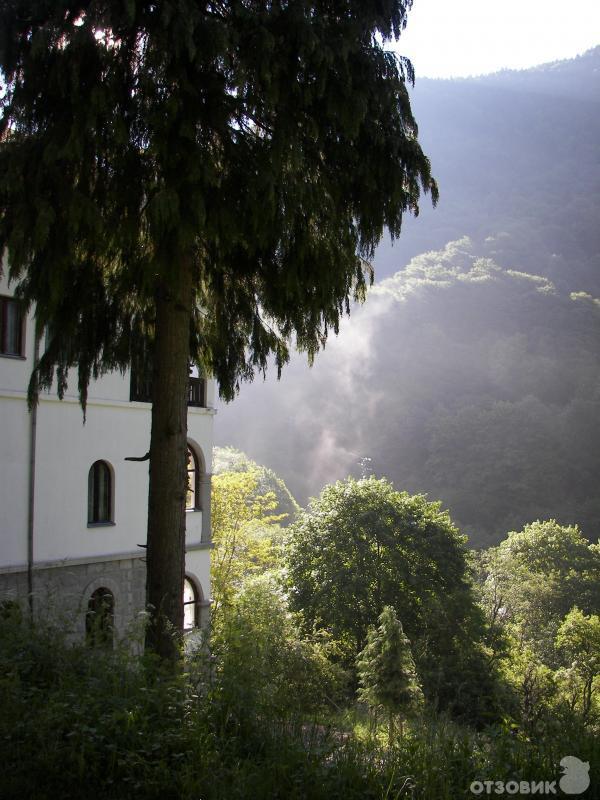 Ущелье в монастыре