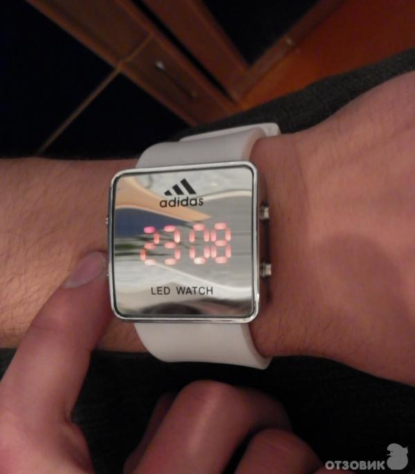Часы на руку адидас