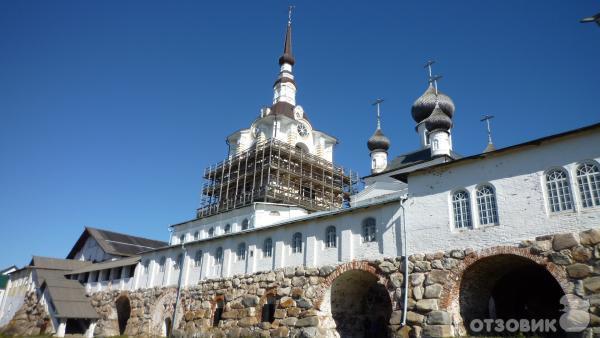 Колокольня Спасо-Преображенского монастыря на Соловках
