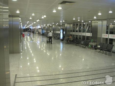 Аэропорт Ататюрк имеет всё, что способно обеспечить пассажирам максимальный комфорт.