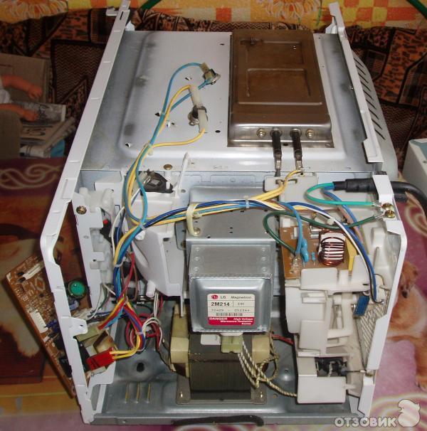 Микроволновая печь LG МВ-4352Т