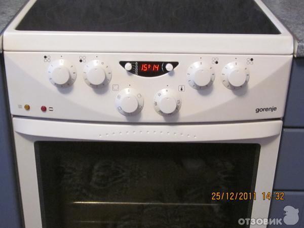 В целом, электрическая плита Gorenje EC278W хорошая и готовить на ней быстро и удобно.
