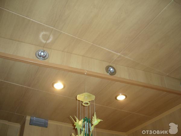 Как обновить потолок на кухне
