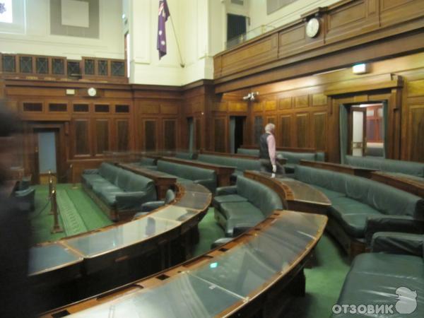 Старое здание Парламента и Музей Демократии Австралии (Австралия, Канберра) фото