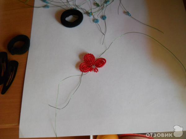 Делать такой цветочек буквально 20 минут.  Этим способом делают фиалки из бисера.  У... Итак, нужна проволока длиной...