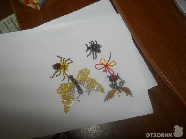 фигурки игрушки... браслеты из бисера схемы плетения. заснеженная рябина из бисера. закладки для книг своими руками...