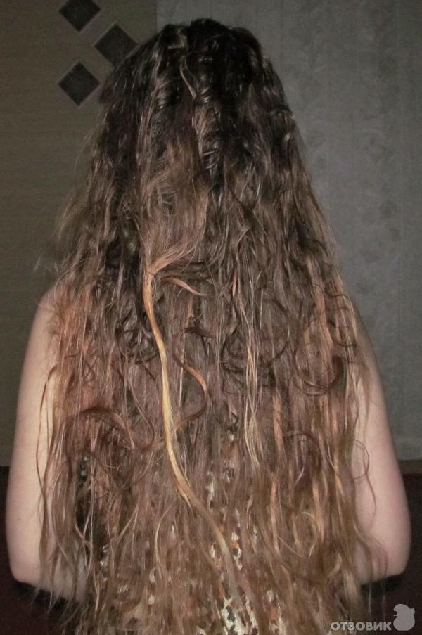 Расчесывать кудрявые волосы 12 раза в неделю  это