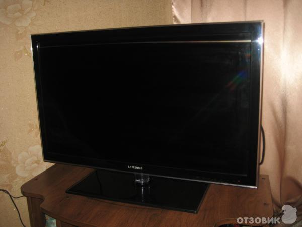 LED телевизор Samsung UE