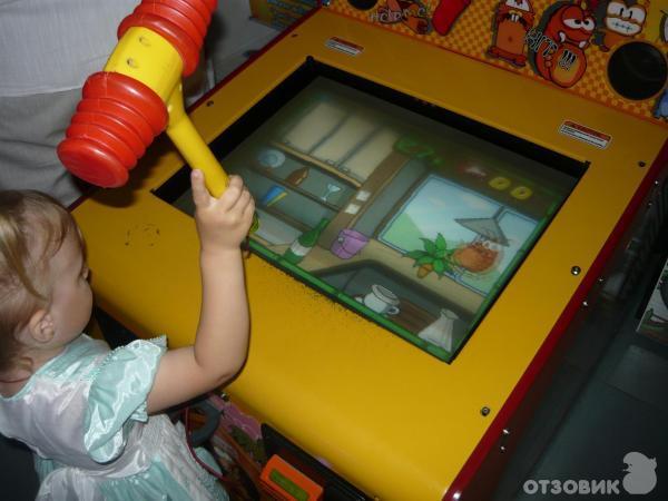 Играть в автомат чужой бесплатно